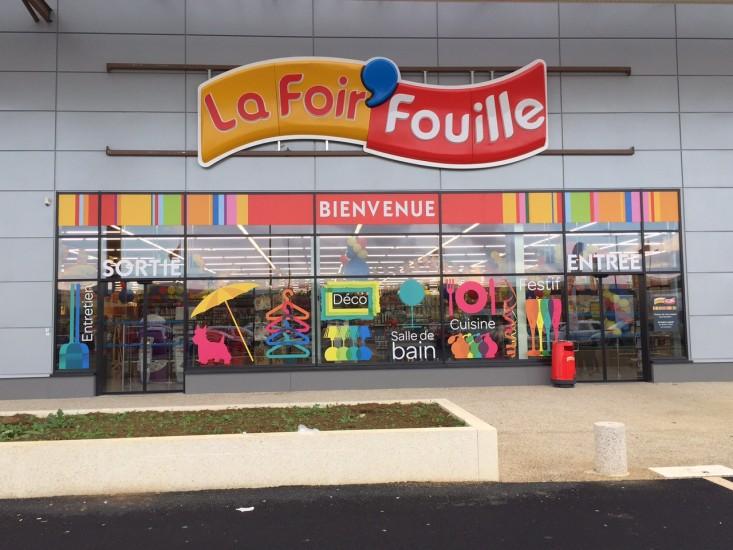 foire fouille pau la range son magasin meubles with foire fouille pau la with foire fouille. Black Bedroom Furniture Sets. Home Design Ideas