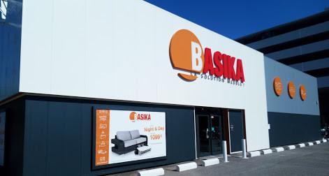 basika reims tte de lit verrire mtal industriel with basika reims de parte de todo el equipo. Black Bedroom Furniture Sets. Home Design Ideas