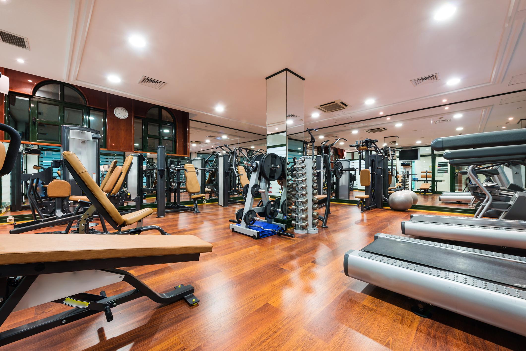 salle de sport compigne amazing fitness park chambly zi. Black Bedroom Furniture Sets. Home Design Ideas